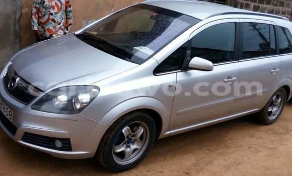Acheter Voiture Opel Zafira Gris à Cotonou en Benin