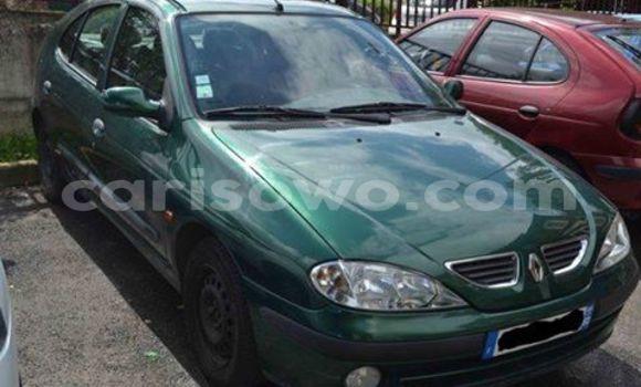 Acheter Voiture Volvo 990 Vert à Cotonou en Benin