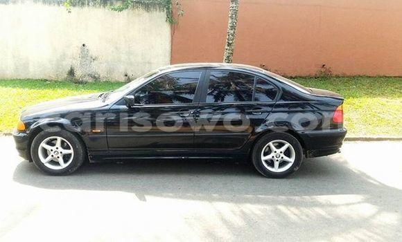 Acheter Voiture BMW 5-Series Noir à Cotonou en Benin