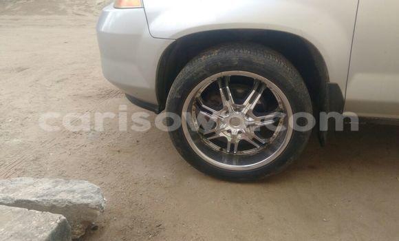 Acheter Voiture BMW 3-Series Gris à Comé en Benin