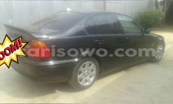 Acheter Voiture BMW 3-Series Noir à Savalou en Benin