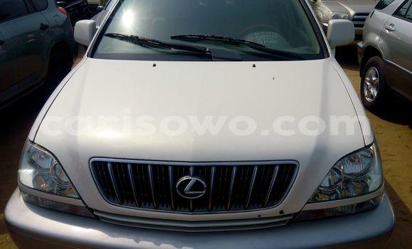 Acheter Voiture Lexus RX 300 Blanc à Cotonou en Benin