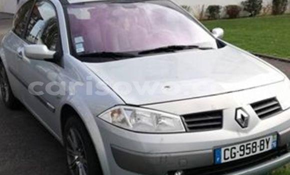 Acheter Voiture Renault Megane Gris en Cotonou