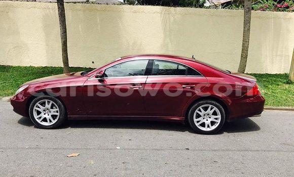 Acheter Voiture Mercedes-Benz CLS-Class Rouge en Cotonou