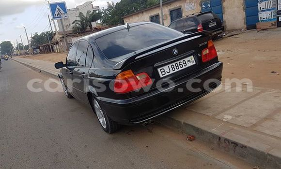 Acheter Voiture BMW 3-Series Noir à Abomey Calavi en Benin