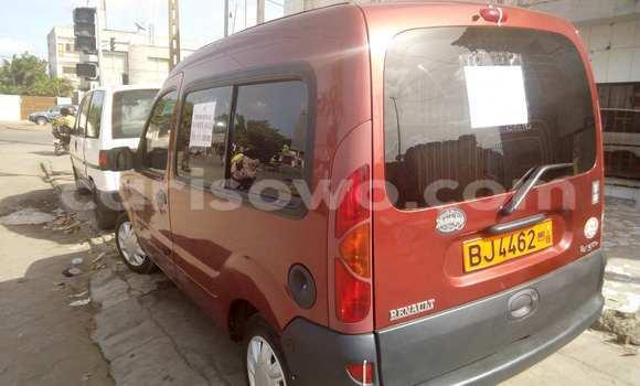 Acheter Voiture Renault Kangoo Rouge à Cotonou en Benin
