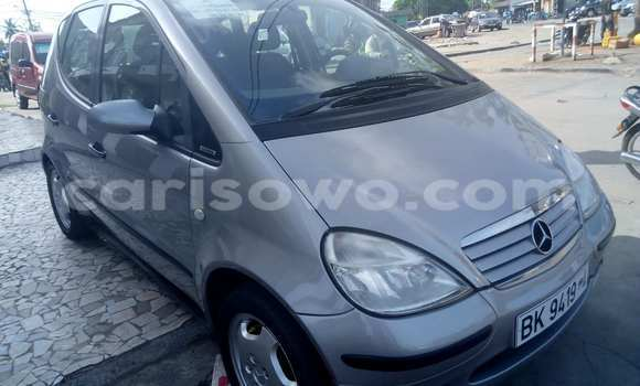 Acheter Voiture Mercedes-Benz A-Class Gris à Cotonou en Benin