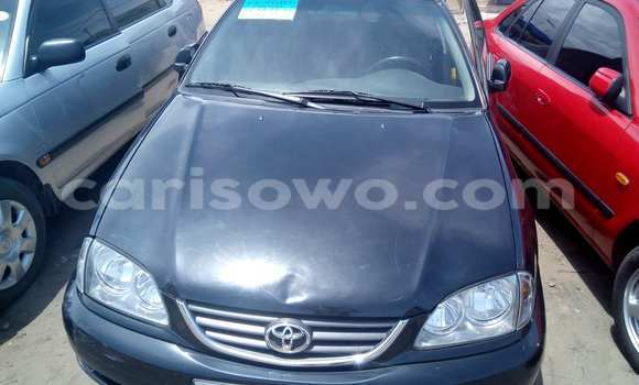 Acheter Voiture Toyota Avensis Bleu à Cotonou en Benin