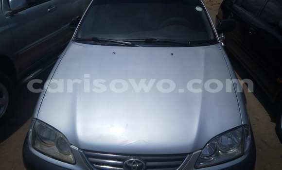 Acheter Voiture Toyota Avensis Gris à Cotonou en Benin