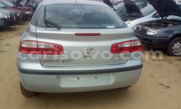 Acheter Voiture Renault Laguna Gris à Savalou en Benin
