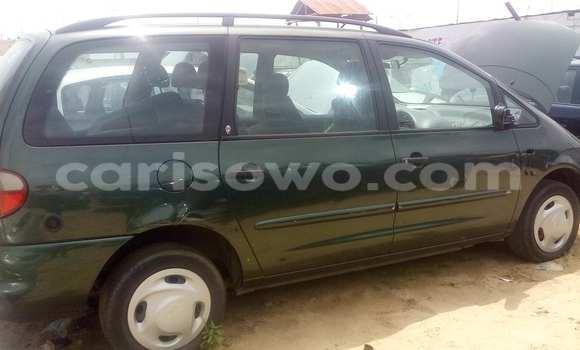Acheter Voiture Ford Cougar Vert à Porto Novo en Benin