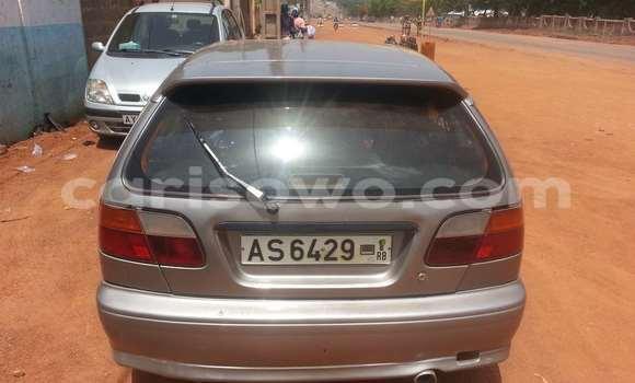 Acheter Voiture Nissan Primera Gris à Parakou en Benin