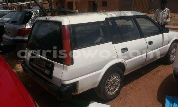 Acheter Voiture Toyota Corolla Blanc à Parakou en Benin