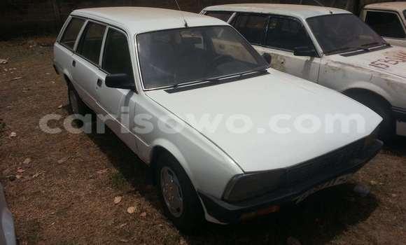 Acheter Voiture Peugeot 605 Blanc à Savalou en Benin