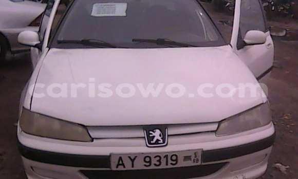 Acheter Voiture Peugeot 406 Blanc à Cotonou en Benin