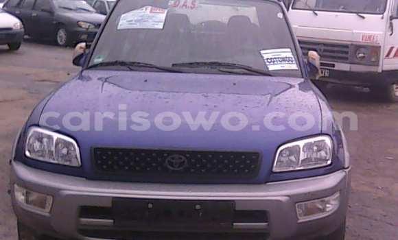 Acheter Voiture Toyota RAV4 Bleu à Porto Novo en Benin