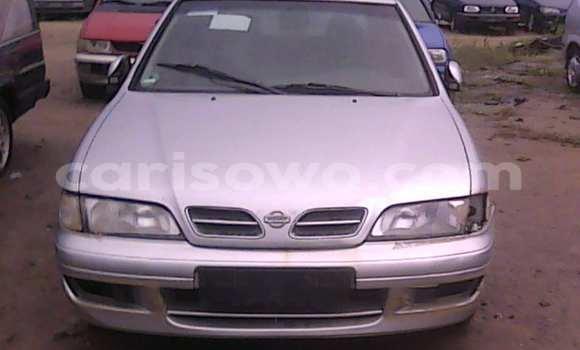 Acheter Voiture Nissan Primera Gris à Porto Novo en Benin