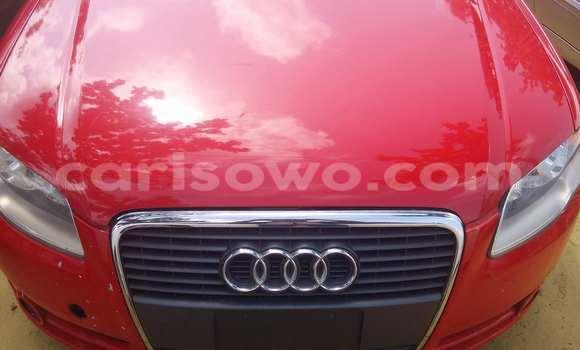 Acheter Voiture Audi A4 Rouge à Porto Novo en Benin