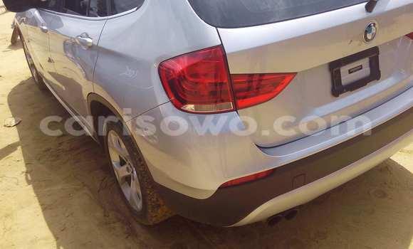 Acheter Voiture BMW X1 Gris à Porto Novo en Benin