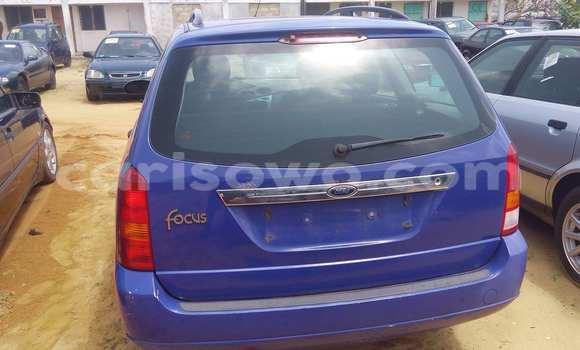 Acheter Voiture Ford Focus Bleu à Porto Novo en Benin