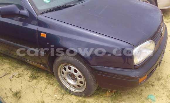 Acheter Voiture Volkswagen Golf Bleu à Porto Novo en Benin