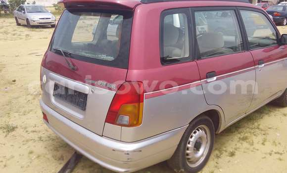 Acheter Voiture Daihatsu Sirion Autre à Porto Novo en Benin