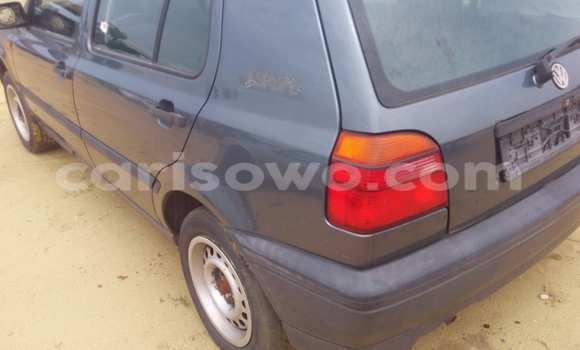 Acheter Voiture Volkswagen Golf Noir à Porto Novo en Benin