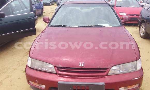 Acheter Voiture Honda Accord Rouge à Porto Novo en Benin