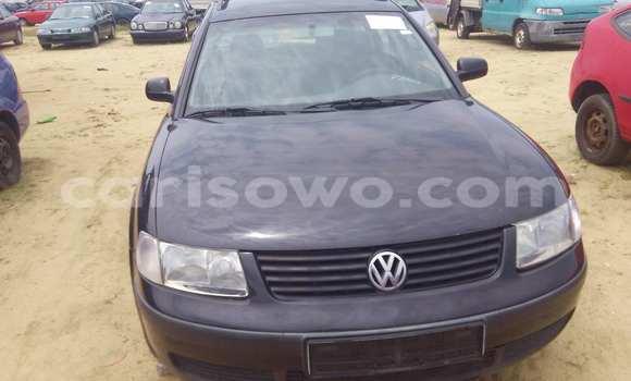 Acheter Voiture Volkswagen Passat Noir à Porto Novo en Benin