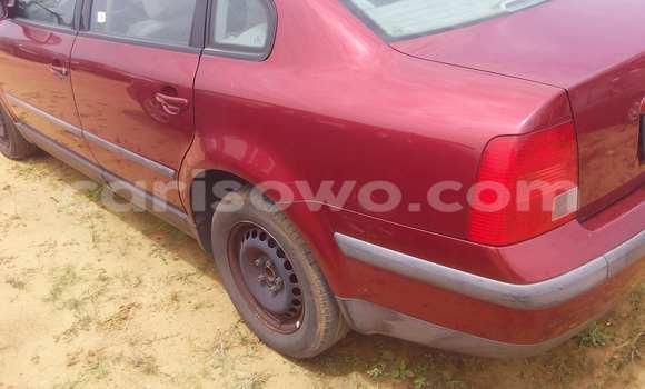 Acheter Voiture Volkswagen Passat Rouge à Porto Novo en Benin