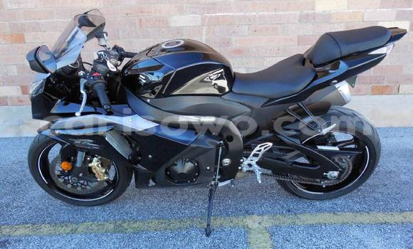 Acheter Moto Suzuki GSX-R Noir à Lokossa en Benin